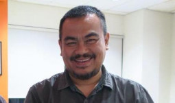 Pemerintah Harus Umumkan Identitas Pasien Positif Corona